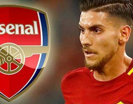 Arsenal look to spend half of their summer transfer budget on Roma midfielder