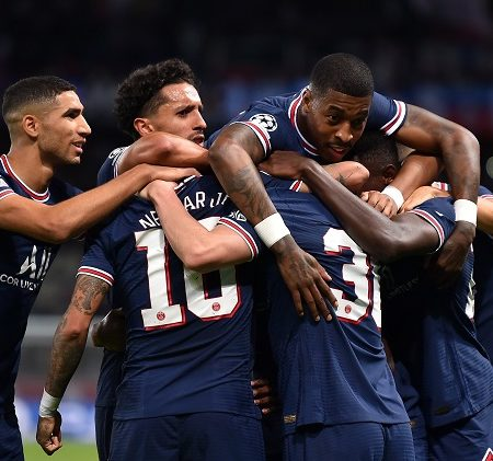 Paris – Leipzig: The relaxed and the desperate